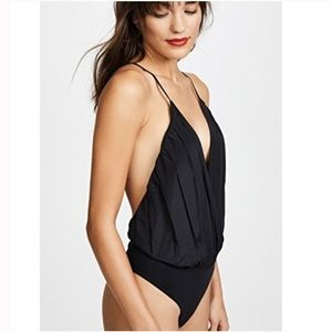 Alice and Olivia Cross Back Ballerina Bodysuit Blk